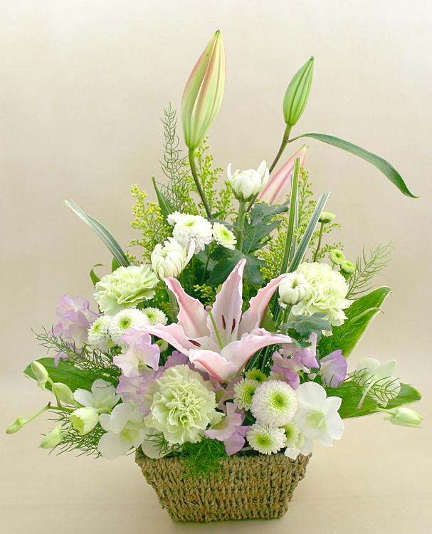<お盆、初盆(新盆)のお花> フラワーアレンジメント やすらぎ