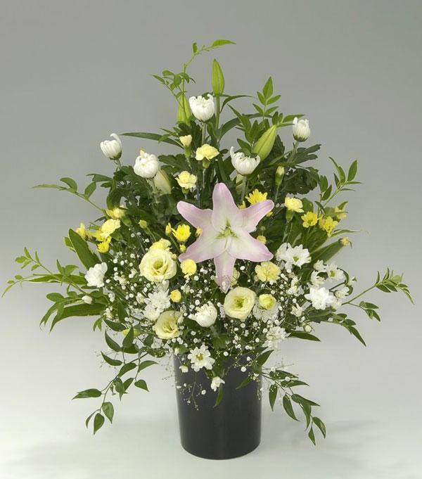 四十九日のお花  フラワーアレンジメント 月光
