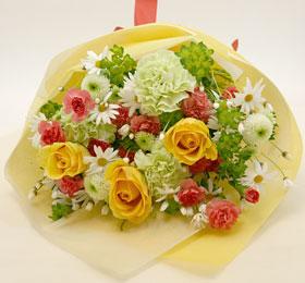 発色の良い美しい花束です