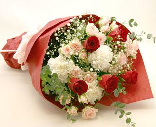 華やかで上品な花束です!